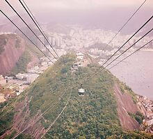 Sugarloaf cable cars by vvinicius