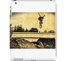Tuck No-hander in Santa Cruz - 3 iPad Case/Skin