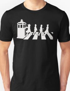 Doctor Who on the road T-Shirt