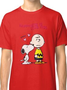 Charlie Snoopy Happines Love Kiss Classic T-Shirt
