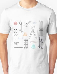 vintage skis,knitted cap Unisex T-Shirt