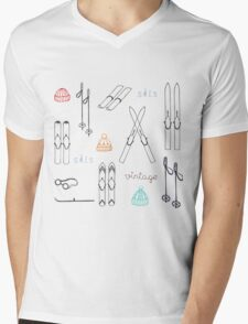 vintage skis,knitted cap Mens V-Neck T-Shirt