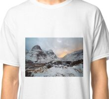 Snowy Sisters Classic T-Shirt
