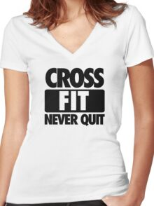 CROSS FIT NEVER QUIT Women's Fitted V-Neck T-Shirt