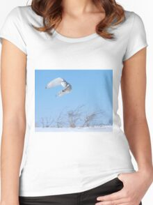 Into the wind Women's Fitted Scoop T-Shirt