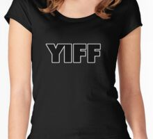 YIFF Women's Fitted Scoop T-Shirt