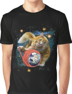 Kitty's got the world in her paws Graphic T-Shirt