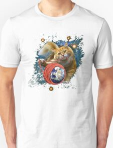 Kitty's got the world in her paws T-Shirt