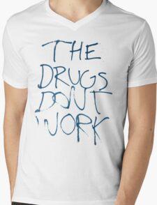 Drugs Don't Work Graffiti Mens V-Neck T-Shirt