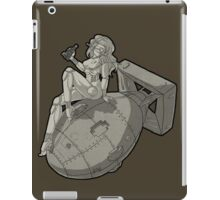 Pin Up Robot - Vintage  iPad Case/Skin