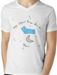 The Alpaca Jumps Over the Moon Mens V-Neck T-Shirt