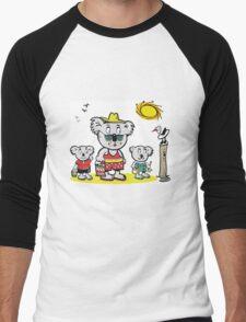 Cartoon of koala bear family at beach Men's Baseball ¾ T-Shirt