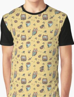 Owls on yellow background Graphic T-Shirt