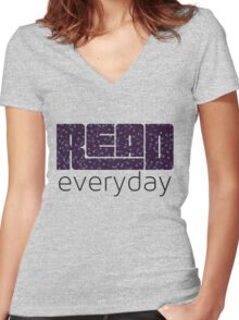 Read Everyday Women's Fitted V-Neck T-Shirt