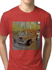 SUNNYLANDS GOLF CART USED BY PRESIDENTS AND DIGNITARIES Tri-blend T-Shirt