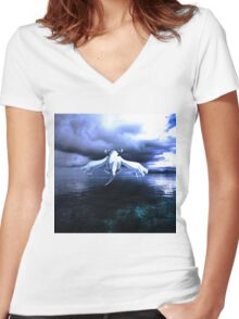 Lugia accros the sea Women's Fitted V-Neck T-Shirt