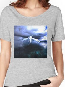 Lugia accros the sea Women's Relaxed Fit T-Shirt