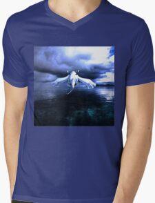 Lugia accros the sea Mens V-Neck T-Shirt