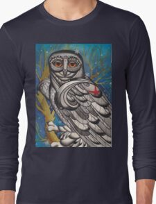 snowy owl with red star Long Sleeve T-Shirt