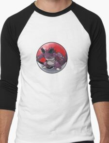 Nidoking pokeball - pokemon T-Shirt