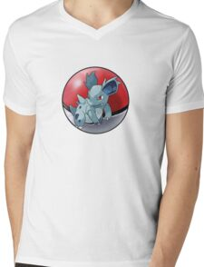 Nidorina pokeball - pokemon Mens V-Neck T-Shirt