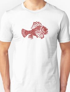 THE REDSCORPION FISH  (red on rose) T-Shirt