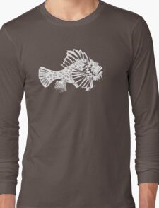 THE REDSCORPION FISH  (white on rose on powder pink) T-Shirt
