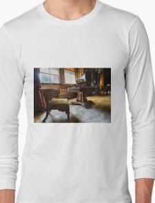 Penrhyn castle- Room 31 Long Sleeve T-Shirt
