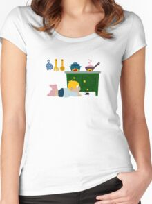 Creppy-Crawly Friend Women's Fitted Scoop T-Shirt