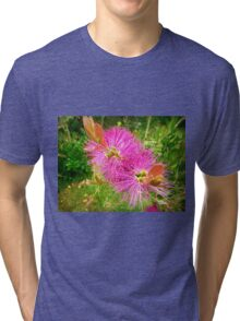 *Judith Anne BottleBrush on the farm - Kirkstall, Vic.* Tri-blend T-Shirt