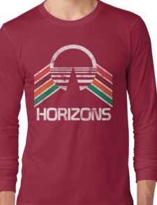 Vintage Horizons Distressed Logo in Vintage Retro Style Long Sleeve T-Shirt
