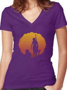 BB-8 & Rey : Jakku Sunset Women's Fitted V-Neck T-Shirt