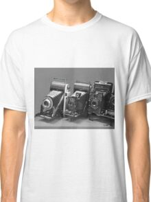 Vintage cameras photography design Classic T-Shirt