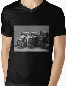 Vintage cameras photography design Mens V-Neck T-Shirt