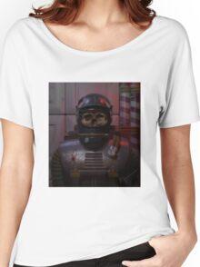 The atom astronaut (alternative) Women's Relaxed Fit T-Shirt