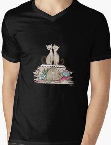 Vintage Cats in Love  Mens V-Neck T-Shirt