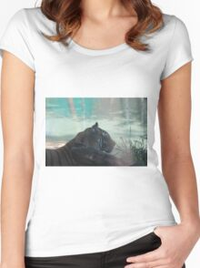 Tiger Oasis Women's Fitted Scoop T-Shirt