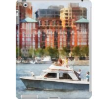 Maryland - Cabin Cruiser by Baltimore Skyline iPad Case/Skin
