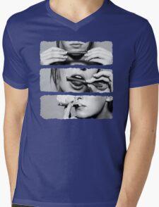 Girls love blunts Mens V-Neck T-Shirt
