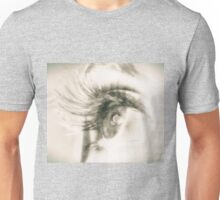 Look me in the eyes Unisex T-Shirt