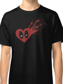 Feel the Love - Simple Classic T-Shirt