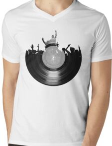 Vinyl music art 2 Mens V-Neck T-Shirt