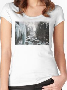 Cold and beautiful landscape landscape photography Women's Fitted Scoop T-Shirt