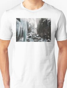 Cold and beautiful landscape landscape photography Unisex T-Shirt
