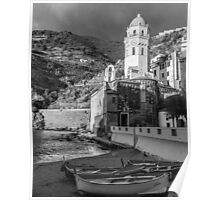 Vernazza in Black and White - vertical Poster