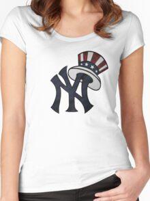 New York Yankees Atrwork Women's Fitted Scoop T-Shirt