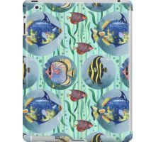 Watercolor seamless hand drawn pattern with tropical fish. iPad Case/Skin