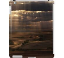 Sunny shower iPad Case/Skin