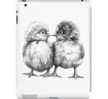 Baby Chicks - Little Kiss G133 iPad Case/Skin