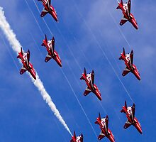 Red Arrows Dive by jetshots